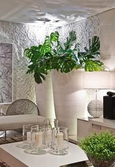 Use orchids, flowers and plants to decorate your home. Thirty five gorgeous ways to decorate with orchids, flowers, and plants. Feed your design ideas now. Interior Plants, Home Interior, Interior And Exterior, Decorating Your Home, Interior Decorating, Home Decoracion, Indoor Planters, Home Accessories, Living Spaces