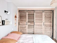 Chez Géraldine Blanc, For Me Lab, Billie Blanket Armoire Dressing, Deco Boheme, Lab, Divider, Blanket, Bedroom, Furniture, Apartment Ideas, Yurts
