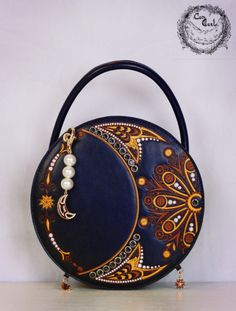 New Release:【Mysterious Crescent Moon】#Embroidery Lolita Handbag