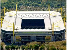 "Borussia Dortmund: ""Gewaltige Ränge"". Soccer / Football"