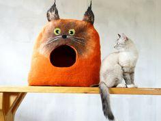Bett-Cat Höhle-Cat Haus verfilzt Wolle Katze von VaivaIndre auf Etsy