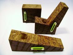 1 x Wood FlipPipe with GREEN ORings Smoking Flip Pipe by FlipPipe, $11.48