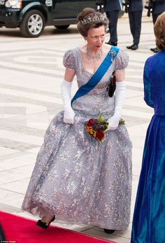 Princess Anne dazzled in a grey tulle gown embellished with flowers and diamonds ...