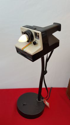 Vintage Polaroid Camera Desk Lamp c.1977 Requires candelabra bulb, included. Great gift for the camera collector or photographer. Please note this is a vintage item and leather, bellows, plastic, and/