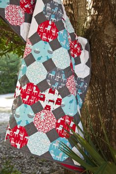 Snowball blocks quilt.