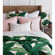 Luxury Bedding Sets On Sale Bedroom Green, Room Ideas Bedroom, Master Bedroom, Green Bedrooms, Green Bedding, Master Suite, Draps Design, Tropical Bedrooms, Bedroom Decor