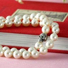 Swarovski pearl bracelet, double strand with skull: ivory, white, pink, or black pearls, goth wedding pearls, rockabilly, skull bracelet by vladtodd