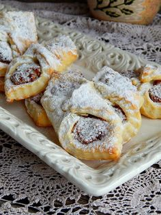 Cookie Recipes, Dessert Recipes, Bread Recipes, Kiflice Recipe, Torte Cake, Croatian Recipes, Christmas Desserts, Christmas Cookies, Macaroons