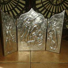 Nacimiento en aluminio repujado