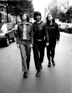 sleater kinney loved them, love them will always love them- perfect girl band