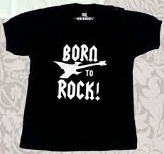 This T-shirt is to girls and boys, is colour black, and have letters say:BORN TO ROCK, the size is medium, the costs is L180