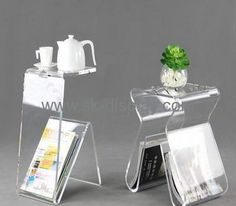 Plexiglass brochure display stand top side with holders for cup or vase BD-030