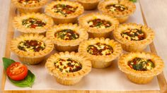 Warm Goat Cheese, Basil and Roasted Pepper Tarts—Make the cheese balls ahead of time, then serve as is with toothpicks. Or pop them into tart shells to bake and serve hot or slightly warm. Easy Make Ahead Appetizers, Finger Food Appetizers, Yummy Appetizers, Appetizers For Party, Appetizer Recipes, Appetizer Ideas, Finger Foods, Make My Day, Party Dishes