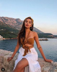 45 Ultimate summer outfits that will save your life completely making you look beautiful, trendy and always ready to impress. Trendy Outfits, Summer Outfits, Summer Dresses, Vacation Outfits, Trendy Fashion, Shirred Dress, Pleated Dresses, Trendy Swimwear, High Cut Bikini