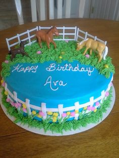 Ideas for a girly farm cake Horse Birthday Parties, Cowgirl Birthday, Farm Birthday, Birthday Cake Girls, Horse Birthday Cakes, Birthday Ideas, Rosalie, Farm Cake, Horse Cake