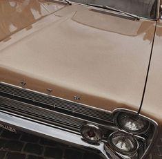 Classy Aesthetic, Beige Aesthetic, Retro Aesthetic, Aesthetic Photo, Aesthetic Pictures, Retro Cars, Vintage Cars, My Dream Car, Dream Cars