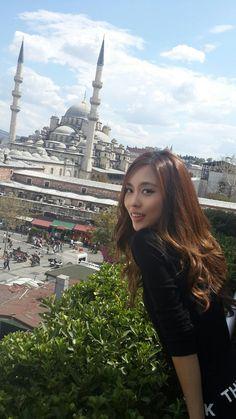 A fei İstanbul müzik bank :) Kpop Girl Groups, Korean Girl Groups, Kpop Girls, Suzy, Ailee, China, K Idol, Korean Artist, Korean Celebrities
