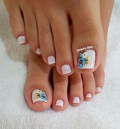 39 Fotos de Unhas com Flores Pedicure Designs, Manicure E Pedicure, Toe Nail Designs, Nail Polish Designs, Cute Toe Nails, Toe Nail Art, Pretty Nails, New Nail Art Design, Golden Nails