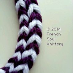 Knitted jewelry. #knit #knitting #frenchsoulknittery
