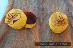 cajas de cascaras de naranjas