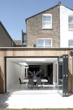 Exterior doors with glass rear extension 17 Best ideas House Design, Wood Cladding, House, House Extensions, House Exterior, Flat Roof Extension, Exterior Design, Contemporary House, Exterior Wall Cladding