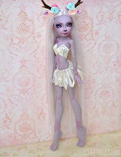 https://flic.kr/p/wpkA7V | Magic Deer | OOAK Custom Monster High doll by UNNiEDOLLS Marisol Coxi