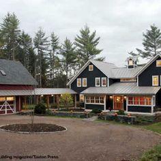 Beautiful Modern Farmhouse Exterior Design 54