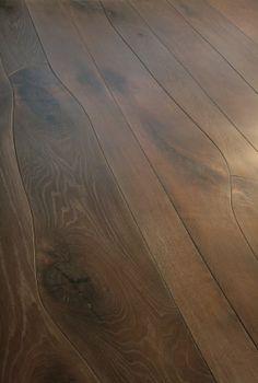 Irregular width wood floor planks from Waldilla. Via kbculture Types Of Hardwood Floors, Wood Flooring, Wood Floor Design, Curved Wood, Interior Decorating, Interior Design, Luxurious Bedrooms, Sweet Home, House Design