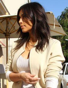 Kim kardashian morena cabelo curto