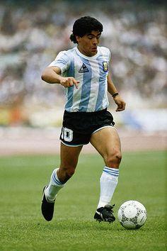 Diego Maradona: Boca Juniors, Barcelona, Napoli and Argentina