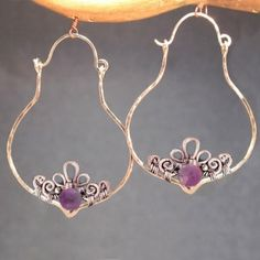 Nouveau 217 Hammered pointed hoops with inside filagree and choice of stone (amethyst shown)