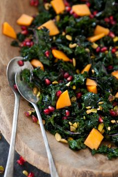 Massaged kale salad with pomegranate, persimmon and pistachio - Yummy Supper