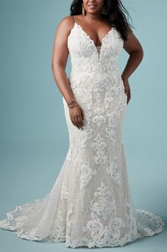 Plus Size Sexy Wedding Dress Tuscany Marie by Maggie Sottero Boho Wedding Dress With Sleeves, Plus Wedding Dresses, How To Dress For A Wedding, Maggie Sottero Wedding Dresses, Designer Wedding Dresses, Bridal Dresses, Retro Wedding Hair, Elegant Wedding Hair, Lace Wedding