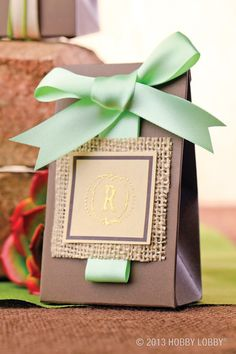 A fun DIY wedding favor that is both gorgeous and personalized!