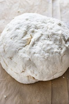 Miracle Pizza Dough Recipe is the absolute best, easy, super flavorful pizza! This simple pizza dough gives you a tasty homemade crust in 30 minutes! Easy Pizza Dough, Thin Crust Pizza, Eat Pizza, Good Pizza, Pizza Recipes, Cooking Recipes, Pancake Recipes, Bread Recipes, Vegetarian Recipes