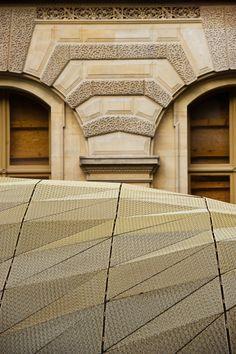 Department of Islamic Art at the Louvre by Mario Bellini e Rudy Ricciotti