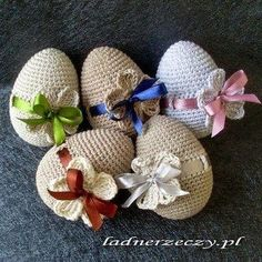 crocheted Easter Eggs - My site Easter Crochet Patterns, Crochet Crafts, Yarn Crafts, Crochet Projects, Free Crochet, Easter Projects, Easter Crafts, Holiday Crafts, Crochet Decoration