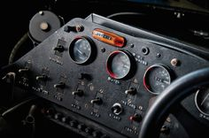 Chasing Classic Cars By Dennis Kliffen.  Foto's van auto's die de bouwers van de www.Modelbouwgroep.nl nog na wilt brouwen.