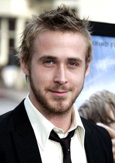 I love when he is scruffy like this! :) <3 you Ryan Gosling! <3