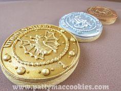 Harry Potter Cookies - Gringotts' Coins Galleons, Sickles & Knuts! #HarryPotter #HarryPotterCookies #GringottsCookies #GalleonCookies #SickleCookies #KnutCookies #pattymaccookies