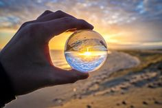 Lens Ball Refraction Photography This post comes from another website that I own: the-pro-photograp. Glass Photography, Types Of Photography, Beach Photography, Macro Photography, Photography Photos, Creative Photography, Amazing Photography, Landscape Photography, Levitation Photography