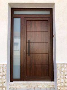 40 Awesome Minimalist Home Door Design Ideas That Look Beautiful House Main Door Design, Single Door Design, Wooden Front Door Design, Home Door Design, Bedroom Door Design, Door Design Interior, Wooden Front Doors, Modern Entrance Door, Main Entrance Door Design