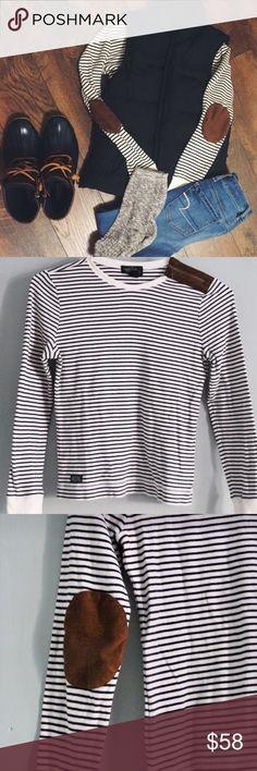 Ralph Lauren Navy Stripe Elbow Patch Shirt Classic navy/white stripe elbow patch shirt by Ralph Lauren. This shirt is super soft and 100% cotton. Left shoulder Zipper. Size XL. EUC. Lauren Ralph Lauren Tops Tees - Long Sleeve