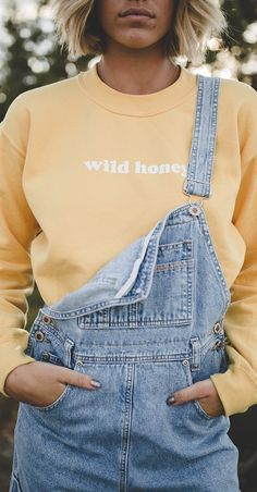 Wild Honey Sweatshirt Best Autumn Winter Fashion Trends For 2020 Denim Fashion, 90s Fashion, Fashion Beauty, Autumn Fashion, Fashion Outfits, Fashion Tips, Fashion Trends, Womens Fashion, Fashion Ideas
