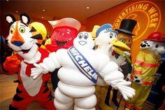 Mascotes de marcas reunidos na Gather at Advertising Week 2011.