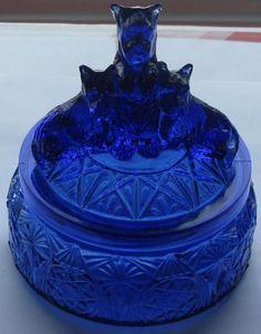 L.E. Smith Depression Glass COBALT My Pets Powder Jar 199
