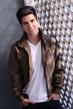 logan henderson... be hotter, you can't.