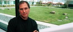 20 Years Ago, Demonstrated the Perfect Way to Respond to an In Steve Jobs was answering developers' questions when one audience member took a shot at him. What happens next is remarkable. Steve Jobs via Tim Beta, Easy Jobs, Take A Shot, Job S, Steve Jobs, Good Advice, Selling On Ebay, 20 Years, How To Make Money
