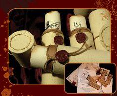http://www.invitacionesencantadas.com/Galerias%20Boda/GaleriasBoda.html#/Medieval/Medieval14/
