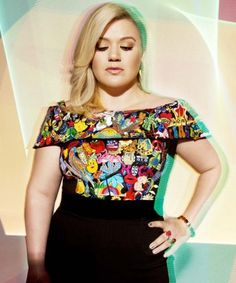 9 Kelly Clarkson covers that prove she is the queen of covers AND of fan requests